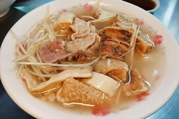 嘉義 | 王家牛雜湯 – 東市場祖傳美食,霸氣加湯喝到飽!!
