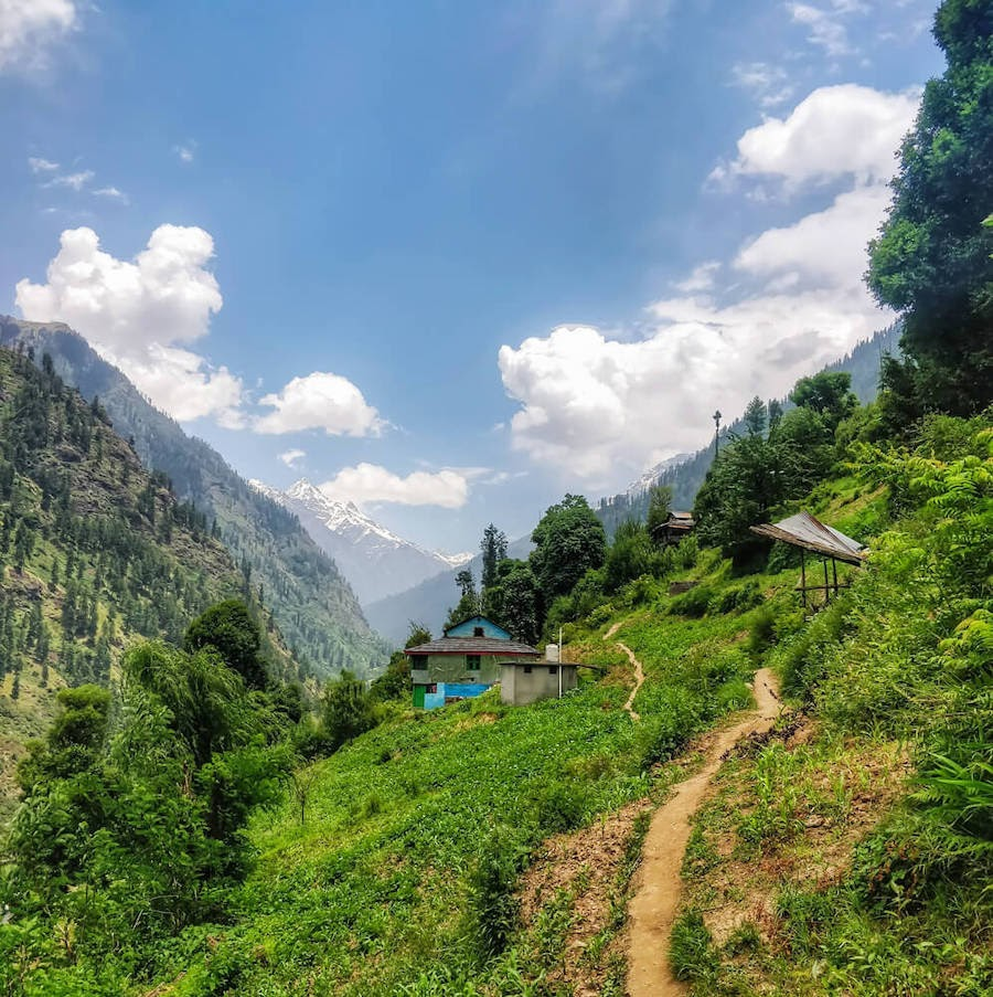 shila village manikaran parvati valley himachal