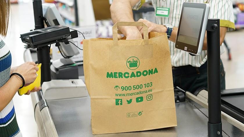 Las bolsas de Mercadona serán reciclables, reutilizables y recicladas. (Foto: Mercadona)