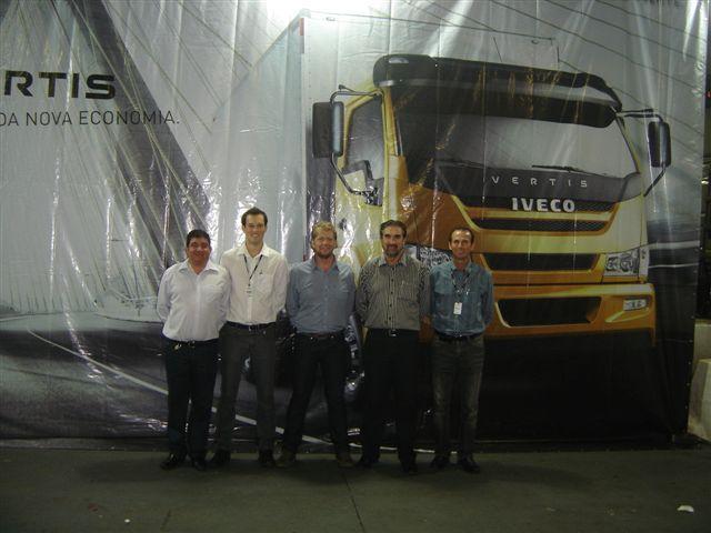 Carboni Iveco recebe clientes para apresentação do caminhão médio Vertis Fotos%20Lan%C3%A7amento%20do%20VERTIS%20 %20Chapec%C3%B3%20 %2012 05 2011%20024
