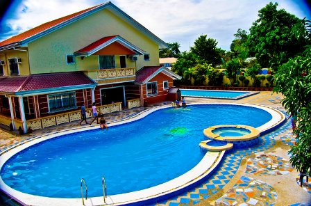 Private Swimming Pool In Bulacan Rl De Leon Private Resort Online To The Fullest