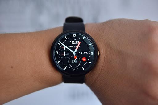 Platinum Watch face