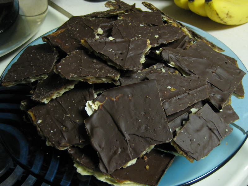 Chocolate toffee cracker bark