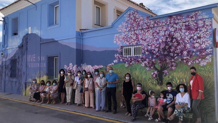 Mural elaborado por el artista huercalense Nico Navarro.