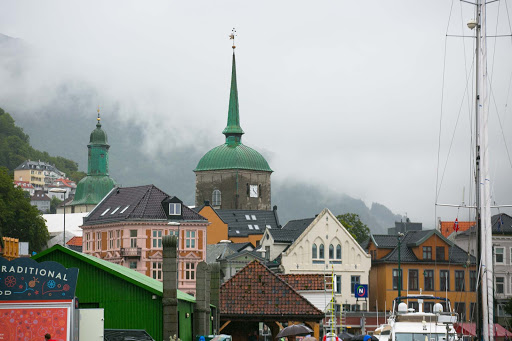 Bergen-port-buildings.jpg - Buildings rise into the fog in the downtown area.