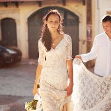 Wedding photographer Arina Grin (neZluka). Photo of 19.04.2015