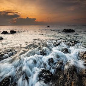 HOPE by Nizamuddin Mazlan - Landscapes Beaches