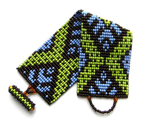 beading bracelet beadweaving ethnic ornament looming loom beadwork