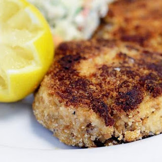 Classic New England Crab Cakes