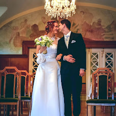 Wedding photographer Györgyi Lakatos (yourheartphoto). Photo of 17.03.2016
