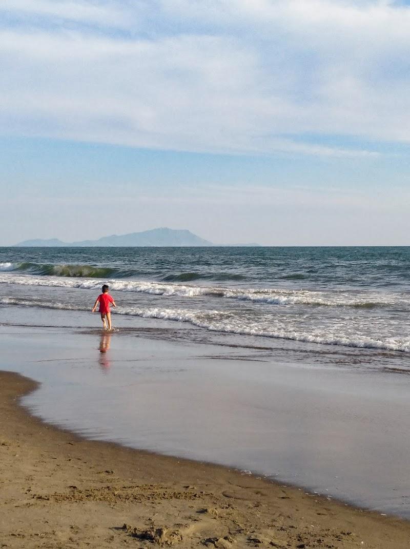 Giocare in riva al mare di attilio_corso