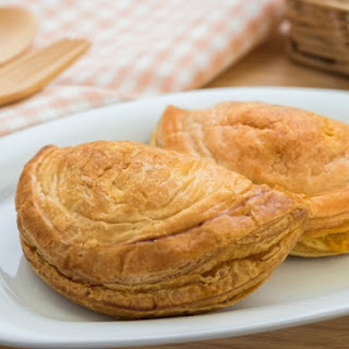 Chicken Corn Pastry.
