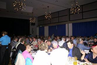 Photo: 19.30 h und der Saal ist voll besetzt, leider mussten einige Besucher wegen Platzmangel abgewiesen werden. Schade!