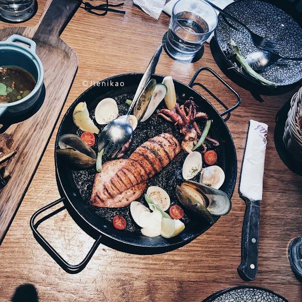 Go Eat Tapas Dining Bar 西班牙餐酒館:愜意樹下吃精緻西班牙料理・食材嚴選・聚餐好選擇