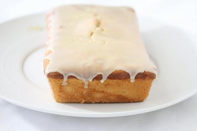 close-up photo of irish cream pound cake