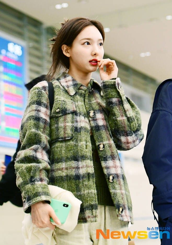 nayeon plaid 31
