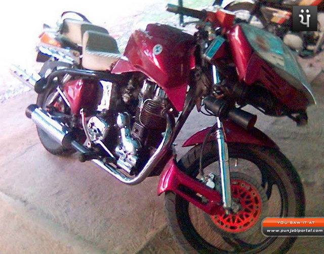 Crazy looking upset bad looking funny Bullet Royal Enfield Bullet 350