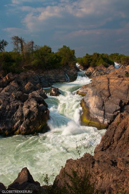 Дон Кон. Каскад водопадов на Меконге.
