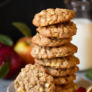 Apple Cinnamon Oatmeal Cookies.