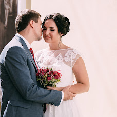 Wedding photographer Natalya Panchetovskaya (natalieesi). Photo of 20.03.2017