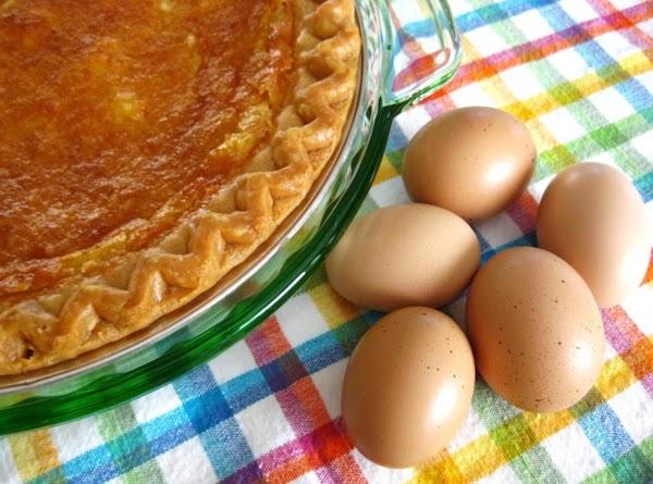 Fresh Eggs for My Buttermilk Pie!