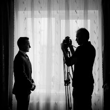 Wedding photographer Viktor Parfenov (Parfionov). Photo of 27.02.2014