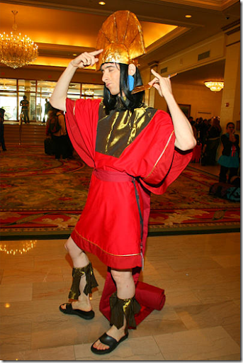 the emperor's new groove cosplay - kuzco