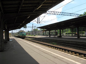 Photo: Jelenia Góra: EU07-164 z pociągiem Kamieńczyk.