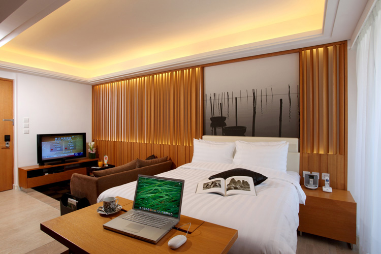 Luxury bedroom at Queens Road Serviced Apartments, Wan Chai