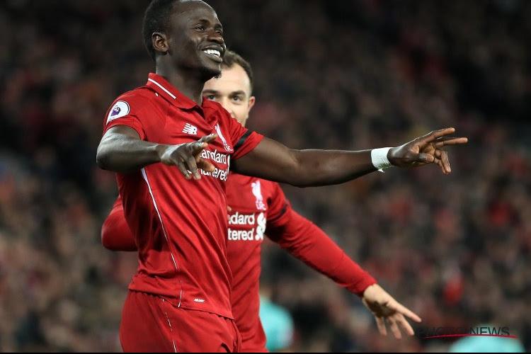 Sadio Mané réagit avec émotion à son trophée de meilleur joueur africain de l'année