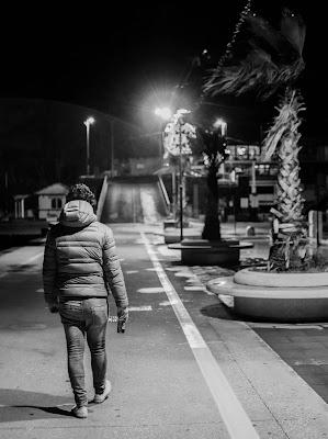 La solitudine può essere una tremenda condanna, o una meravigliosa conquista. Cit. di mathias