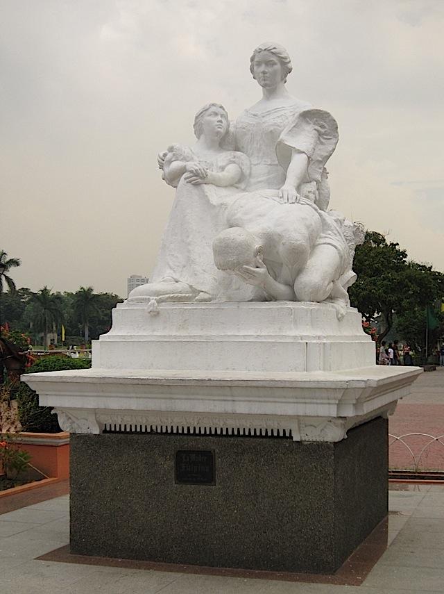 La Madre Filipina monument in Rizal Park