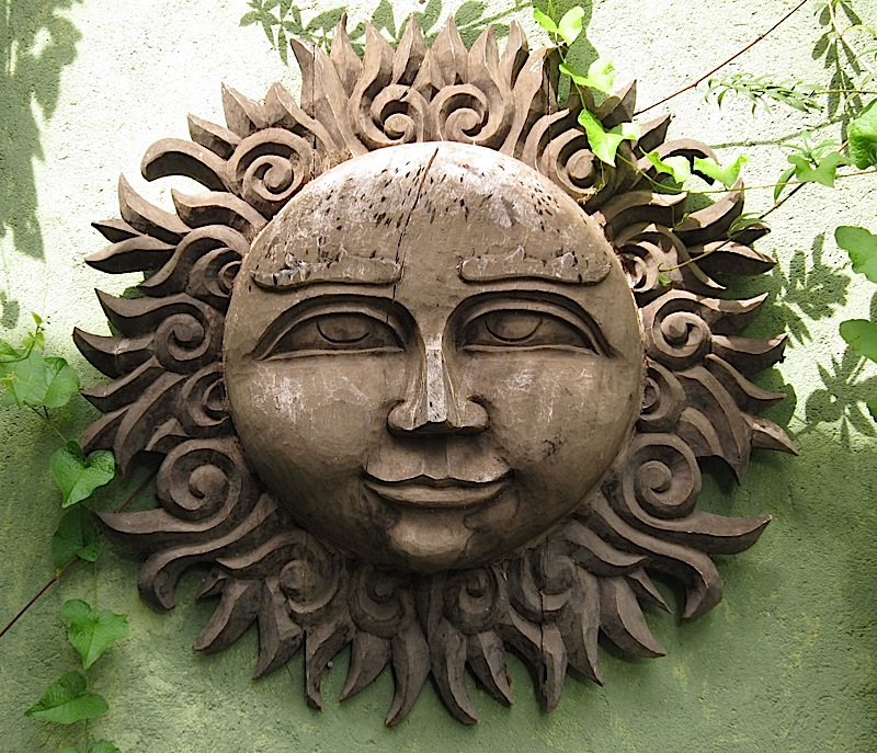 wooden sun at Casa San Pablo