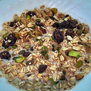Muesli #1 - Pistachio and Cranberries