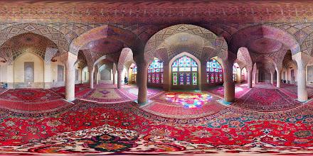 Photo: Nasir al-Mulk Mosque, Shiraz مسجد نصیرالملک، شیراز
