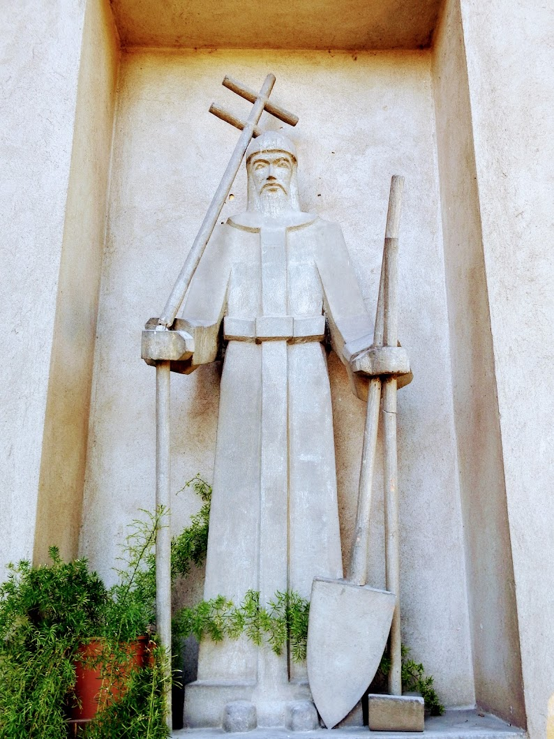 Vál - Hétfájdalmú Szűz rk. templom és középkori templomtorony