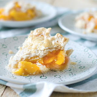 Classic Summer Peach Pie