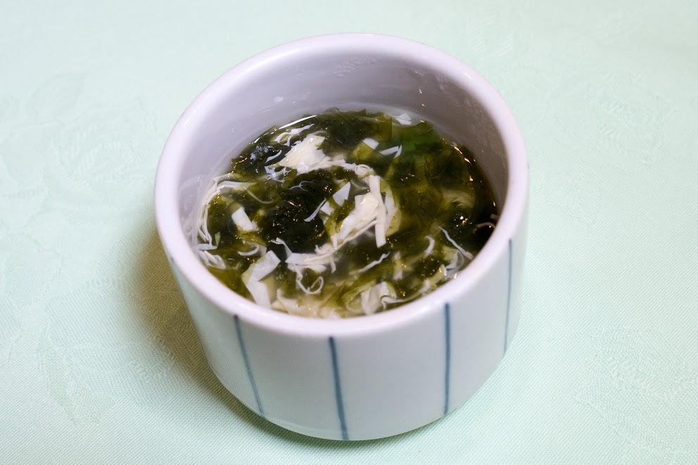 5.蒸し物:茶碗蒸し、湯葉と生海苔餡(生海苔が季節物)