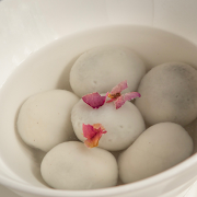 Tang Yuan in Clear Soup