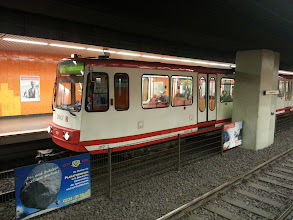 Photo: jaja, das kleine ding ist die Dortmunder Ubahn