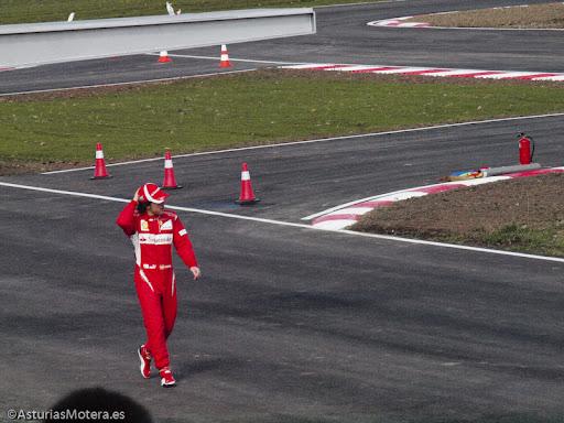 Fernando Alonso prueba su circuito en La Morgal