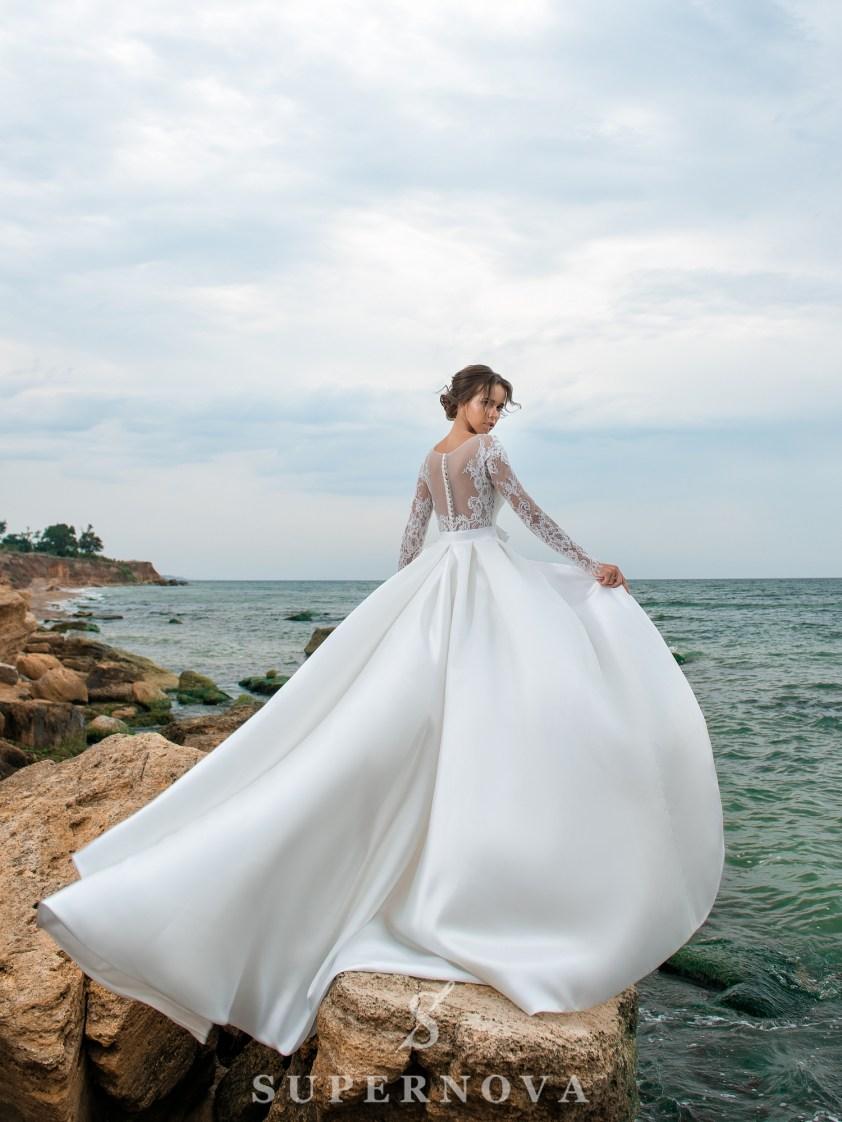 свадебные платья с поясо и шлейфом оптом