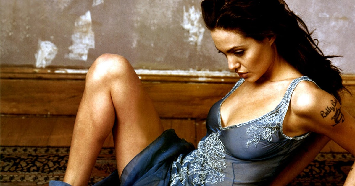Angelina Jolie Nude Pics and Videos -- - Top Nude