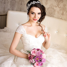 Wedding photographer Larisa Kucenko (Kutsenko). Photo of 03.08.2016