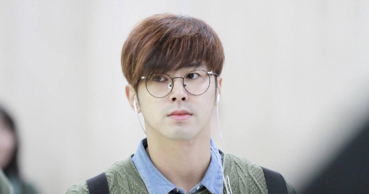 Trending glasses fashion started by Korean idols?