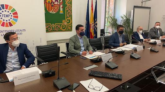 Javier Aureliano García exige a Sánchez soluciones para los municipios
