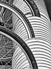 Photo: Intersecting circles Bycicle parking in Karlsruhe, Germany