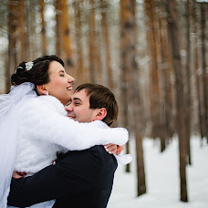 Wedding photographer Elena Mostovykh (Abrikatin). Photo of 31.01.2015