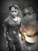 Photo: ぶっちゃけ わたしゃ ガテン系によわい^^  photo at Bangladesh