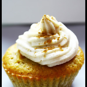 Apple, Butter, and Cinnamon Cupcakes